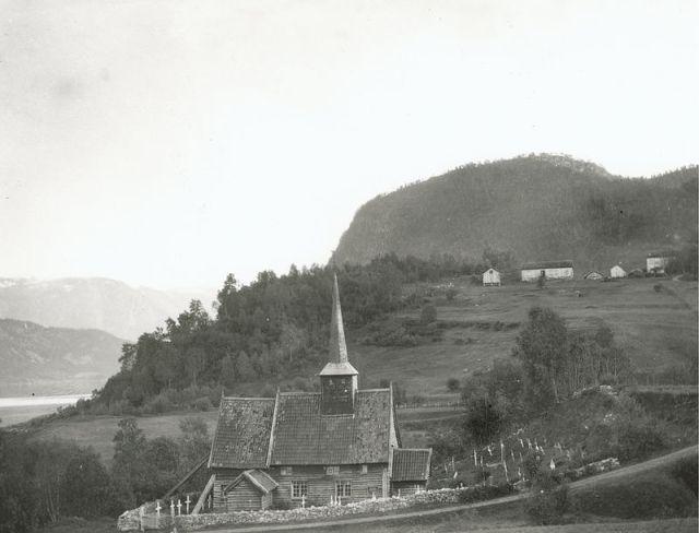 Rødven_stavkirke,_Møre_og_Romsdal_-_Riksantikvaren-T328_01_0012